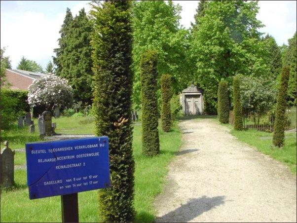 de gesloten begraafplaats aan de Reinaldstraat (h2317)