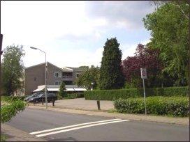Oosterwolde vanaf de Reinaldstraat gezien (h2337)